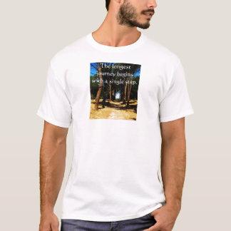 Die längste Reise fängt mit einem Singleschritt an T-Shirt