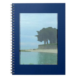 Die Leiste durch das Strand-Notizbuch Notizblock
