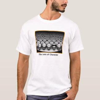 Die Linse des Charakters T-Shirt