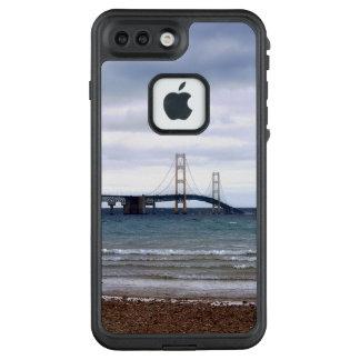 Die Mackinac Brücke LifeProof FRÄ' iPhone 8 Plus/7 Plus Hülle