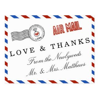 Die moderne Luftpost-Hochzeits-Sammlung Postkarte
