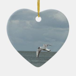 Die Möwe und das Meer Keramik Herz-Ornament