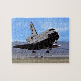 Die NASA-Raumfähre Atlantis, das Edwards AFB Puzzle