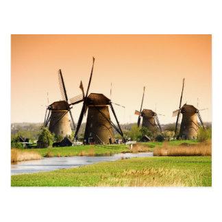 Die Niederlande, Kinderdijk. Windmühlen nahe bei Postkarte