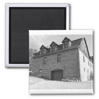die Norfolk-Garage Quadratischer Magnet