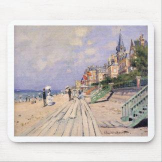 Die Promenade bei Trouville Claude Monet Mousepads