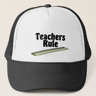 Die Regel des Lehrers Truckerkappe