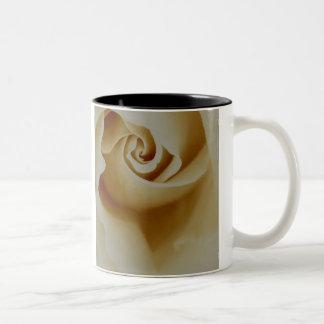 die Rose Zweifarbige Tasse