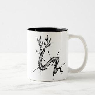 Die Rotwild-Schlangen-Kaffee-Tasse Zweifarbige Tasse