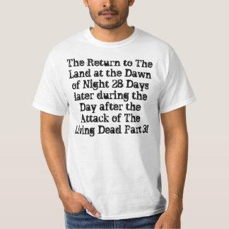 Die Rückkehr zum Land an der Dämmerung der Nacht T-shirt