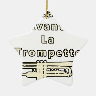 Die Ruhe vor der Trompete - Wortspiele Keramik Ornament