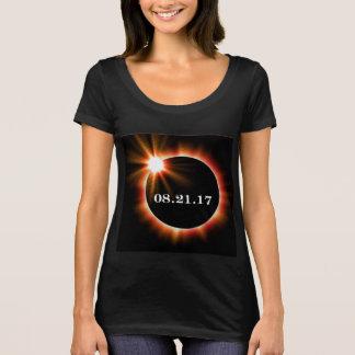 Die Schaufel-Hals-Eklipse-T - Shirt der Frauen