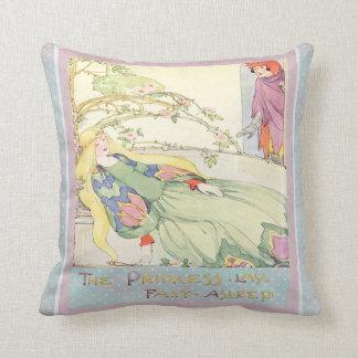 Die schlafende Prinzessin Pillow Cushion Kissen