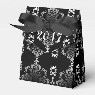 Die schwarze Rolle des neuen Jahres - Geschenkschachtel