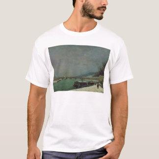 Die Seine am Pont d'Iena, Winter, 1875 T-Shirt