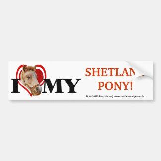 Die Shetlandinseln-Pony in rotem Herz-Stoßdämpfer Autoaufkleber