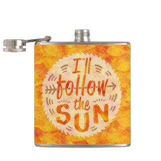 Die Sommer-Sonnenschein-Orange, die gemalt wird, Flachmann