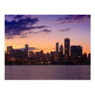 Die Sonne-Sets über dem Chicagoskyline Postkarte