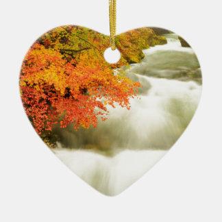 Die Soteska Vintgar Schlucht im Herbst Keramik Herz-Ornament