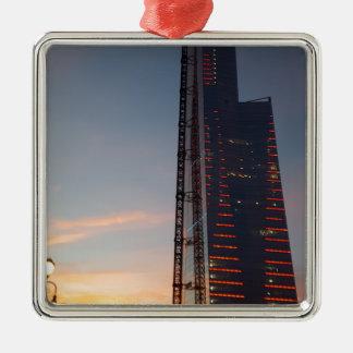 die Stadt Silbernes Ornament