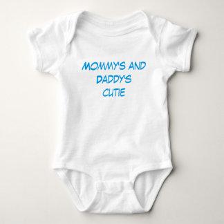 """Die Süsse-"""" Baby """"der Mama und des Vatis kleidet Baby Strampler"""