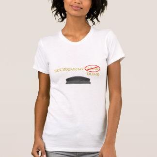Die T der Ruhestands-Hauben-Frauen T-Shirt