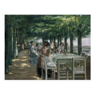 Die Terrasse am Restaurant Postkarte
