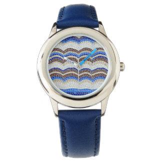 Die Uhr der blaue Mosaik-Kinder