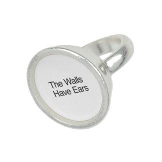 Die Wände haben Ohren Ring