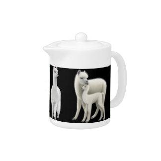 Die weiße Alpaka-Familien-Teekanne