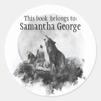 Die Wölfe, die Mond, dieses Buch heulen, gehört Runder Aufkleber
