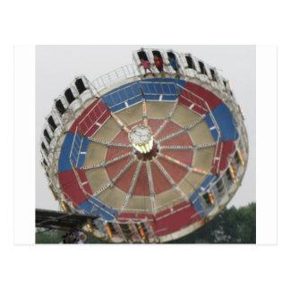 Die Zusammenfassung Amusment Park-Fahrt Postkarte