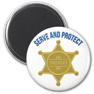 Dienen Sie und schützen Sie sich Runder Magnet 5,7 Cm