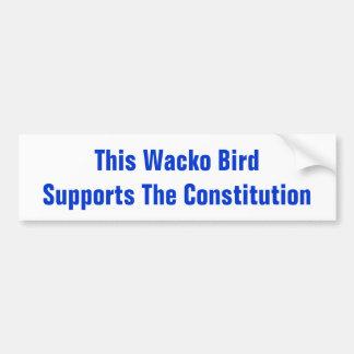Dieser Wacko-Vogel stützt den Autoaufkleber