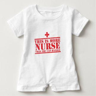 dieses ist mehr Krankenschwester, als Sie Baby Strampler