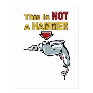 Dieses ist NICHT ein Hammer - lustiges Postkarte