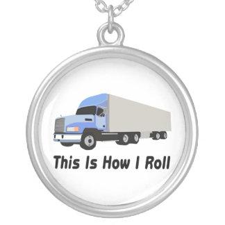 Dieses ist, wie ich halb LKW rolle Versilberte Kette
