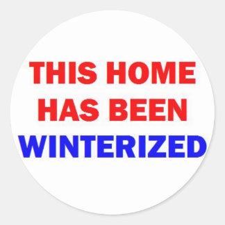 Dieses Zuhause ist winterfest gemacht worden Runder Aufkleber