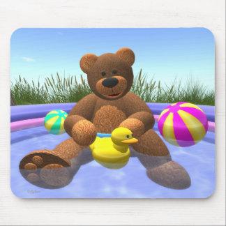 Dinky Bären: Pool-Spaß Mousepad