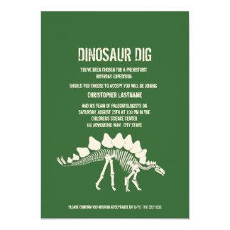 Dinosaurier-Grabungs-Geburtstag Personalisierte Einladungskarte