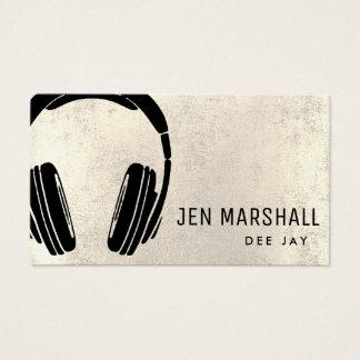 DJ-Kopfhörer auf metallischem digitalem Effekt des Visitenkarte