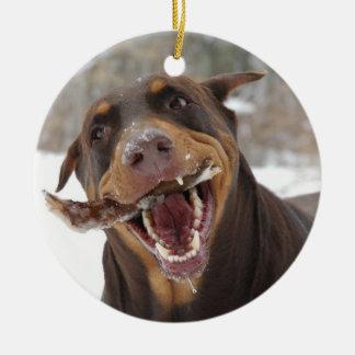 Dobermann mit einem Stock Keramik Ornament