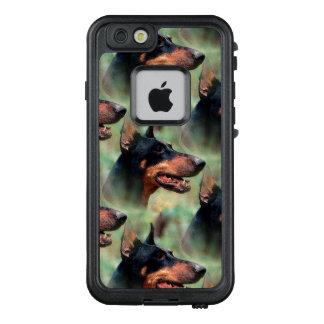 DobermannPinscher im Holz LifeProof FRÄ' iPhone 6/6s Hülle
