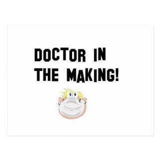 Doktor in der Herstellung Postkarte