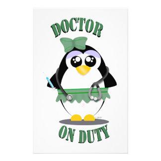 Doktor Pinguin im Dienst(weiblich) Briefpapier