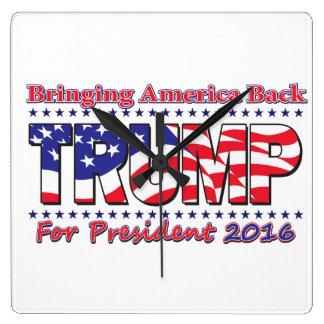Donald Trump Quadratische Wanduhr