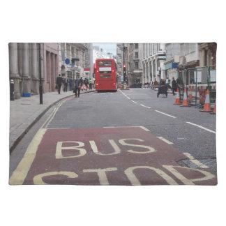 Doppeldeckerbus in London Stofftischset