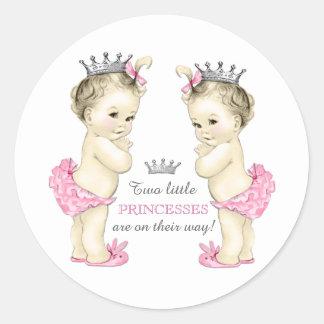 Doppelmädchen-Babyparty Runder Aufkleber