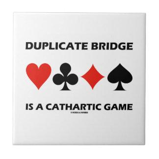 Doppelte Brücke ist ein reinigendes Spiel (Spaß) Fliese