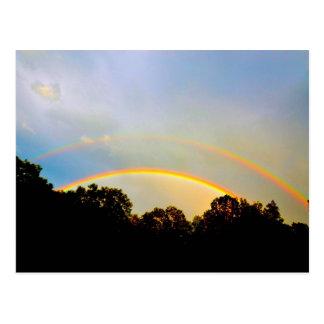 Doppelte Regenbogen-Postkarte Postkarte
